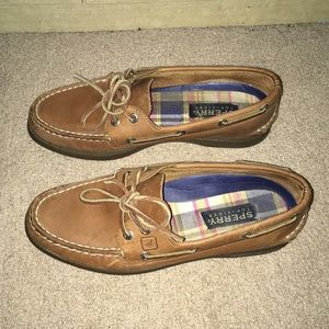 Women's Sperry boat shoes